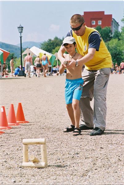 Игра для детей городки